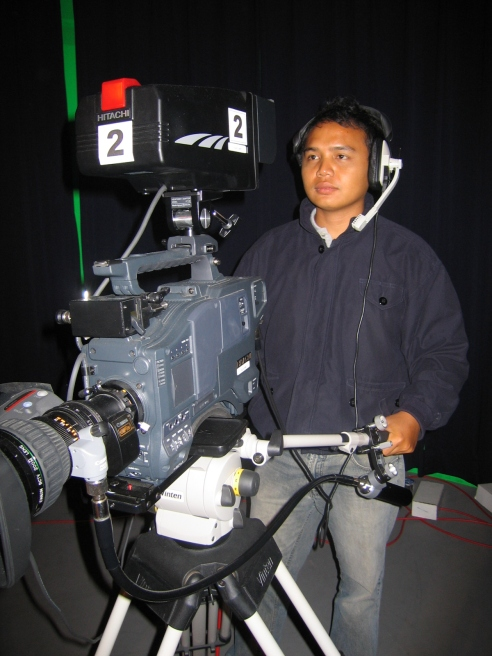 broadcaster sng cam