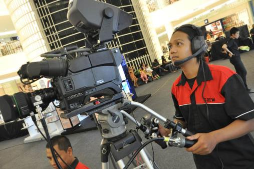 rizky broadcaster multicam